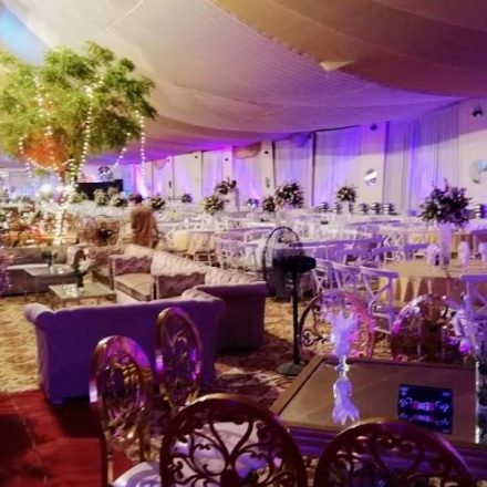 Which are the benefits of hiring a professional event management company?
