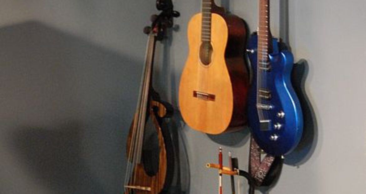 Choosing the Right Cello Size for Your Child